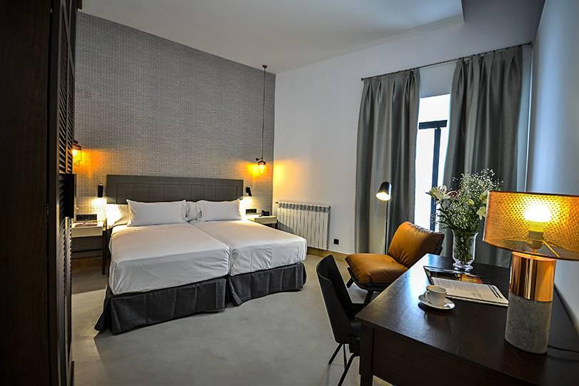 Habitaci n doble superior legado alc zar sevilla for Hoteles en sevilla con habitaciones cuadruples